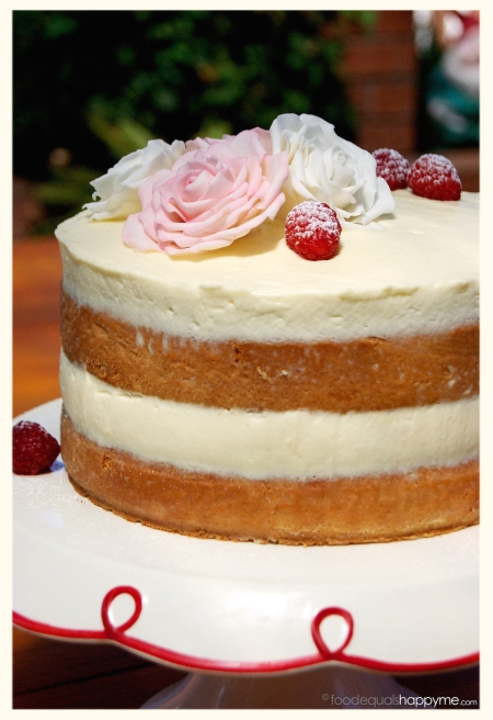 Sponge Cake with Raspberries and Mascarpone Cream